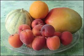 Lequel de ces fruits n'est pas associé à l'été ?