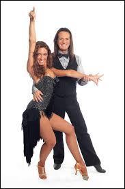 Qui est le candidat qui danse avec Sylvia Notargiacomo ?