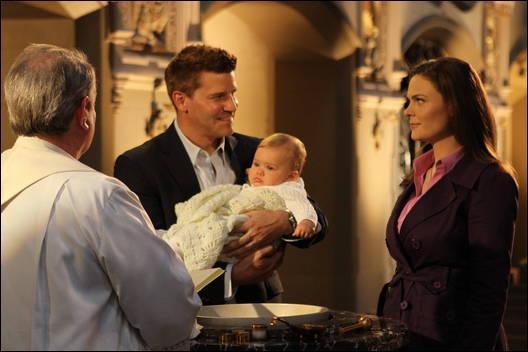 L'agent Booth est catholique.
