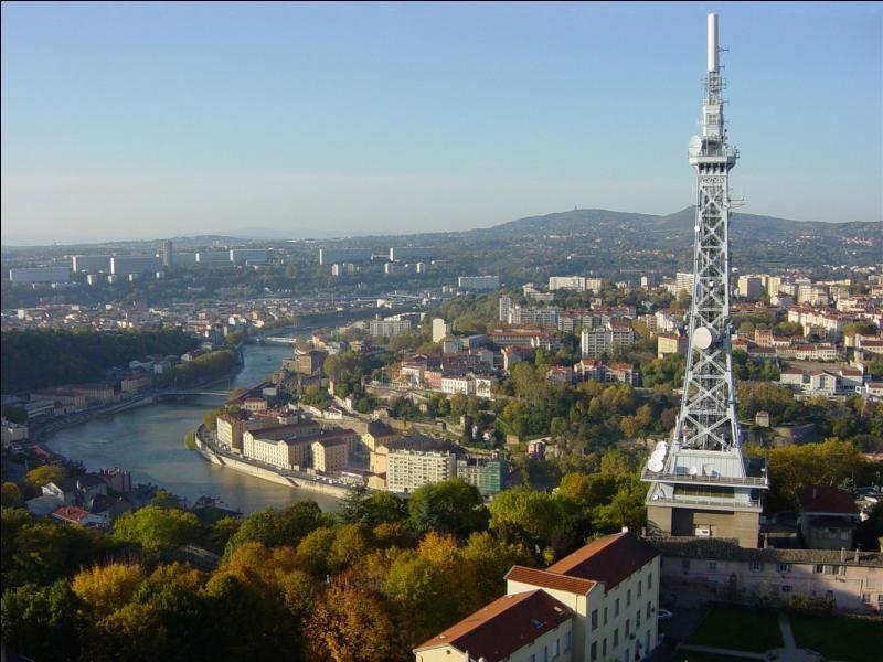 « Lyon est une ville arrosée par trois grands fleuves : le Rhône, la Saône et le Beaujolais. » Quel est l'auteur de cette maxime ?
