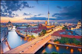 Retrouvez le nom de cette ville se situant en Allemagne !