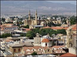 Quelle est cette ville, capitale de Chypre ?