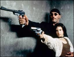 """""""L"""" comme """"Léon"""". Dans ce film de Luc Besson, sorti en 1994, quelle actrice partage la vedette avec Jean Reno ?"""