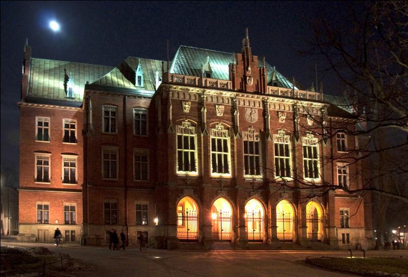 Au XIVème siècle, certaines villes européennes avaient déjà leurs propres universités. Lesquelles ?