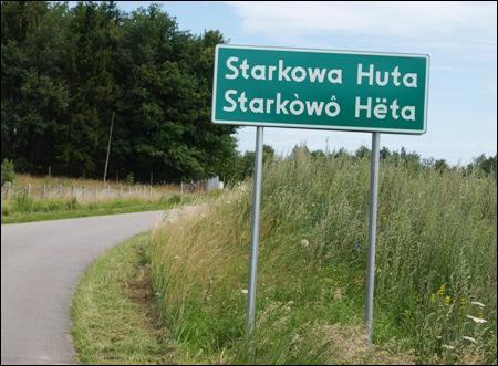 Les panneaux d'entrée de certaines localités ci-dessous comportent des noms bilingues ou multilingues du fait de la forte présence d'au moins une minorité ethnique autochtone. Lesquelles ?