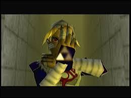 Quand la Triforce s'est brisée, Sheik a récupéré la Triforce :