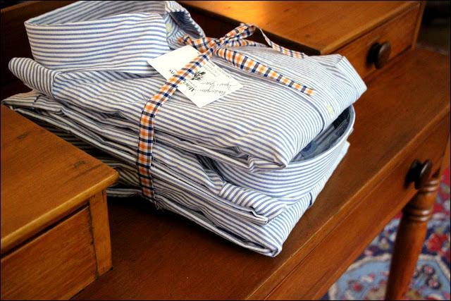 Vous avez prévu votre chemise ou chemisier préféré(e) pour une importante réunion de travail ! Las, vous tachez ce tissu immaculé de café, rouge à lèvres... juste avant de quitter la maison. Que faites-vous ?