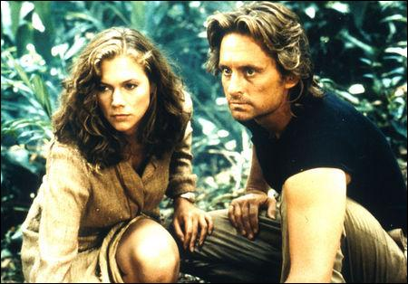 D'après le titre d'un film de 1984, quelle est la couleur du diamant, recherché par Michael Douglas et Kathleen Turner ?