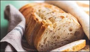 Quel pape serait plus vieux que l'invention du pain en tranche ?