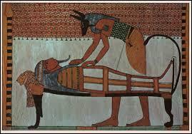 Qui est le dieu funéraire dans la mythologie égyptienne ?