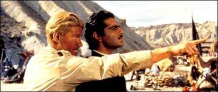 Film de David Lean, avec Peter O'Toole et Omar Sharif, Oscar du meilleur film en 1963. Il retrace la vie d'un officier britannique.