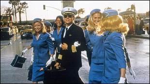 Les escrocs ont eux aussi leur film. Steven Spielberg nous raconte l'histoire de l'un d'entre eux : Frank Abagnale, interprété par Leonardo DiCaprio.