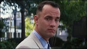 """""""Forrest Gump 2"""" - On retrouve Forrest bien handicapé, dans son enfance. Et on lui redit :"""