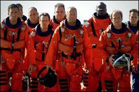 """Dans """"Armaggedon 2"""", comme dans le premier film, un astéroïde se dirige vers :"""