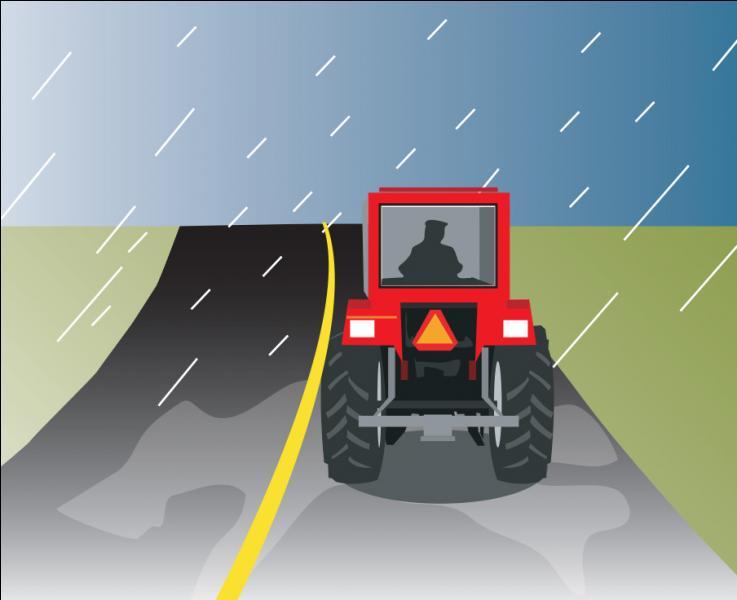 Vous montez une côte et suivez un tracteur de ferme. Pouvez-vous le dépasser ?