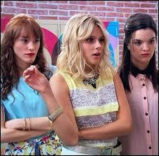 Quelle chanson ces trois jolies filles sur la photo ont-elles chantée ensemble ?