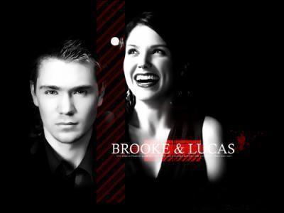 Avec qui Brooke trompe t-elle Lucas dans la saison 3 ?
