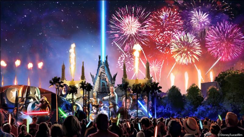 Le feu d'artifice au parc Disney en saison estivale est vers ...
