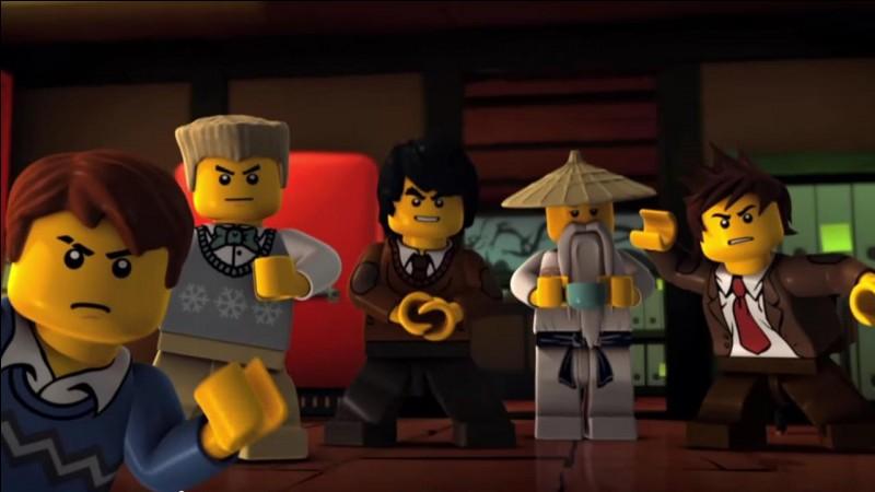Qui doivent combattre les ninjas dans la saison 3 ?