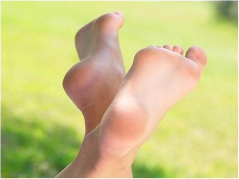 Combien de bactéries y a-t-il sur chacun de vos pieds ?