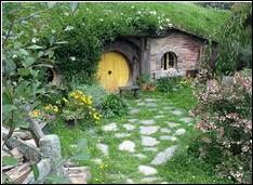 Comment s'appelle la maison de Bilbon Saquet ?