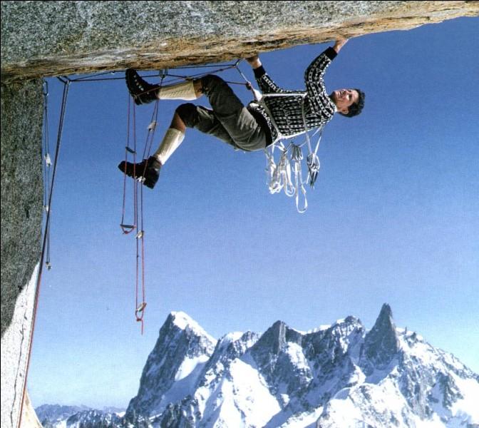 Quel est ce célèbre alpiniste, reconnaissable à son pull jacquard ?