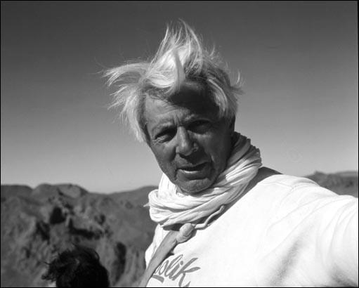 """Il a été alpiniste, mais aussi écrivain. On lui doit """"Premier de cordée"""" ou encore """"La Grande Crevasse""""."""