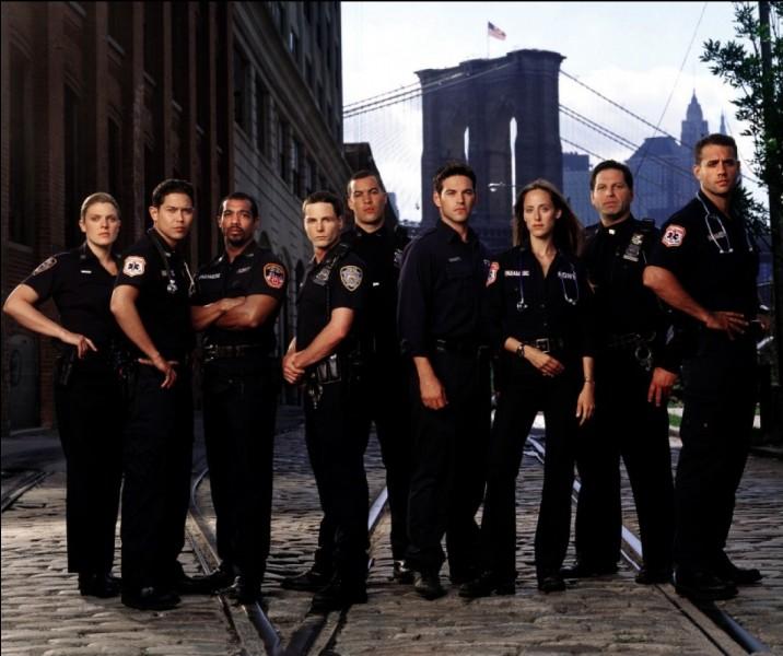 Après le dîner, nous optons pour une série policière, dans laquelle joue Kim Raver. Elle interprète une femme du nom de 'Kim Zambrano'. Quelle série regardons-nous ?