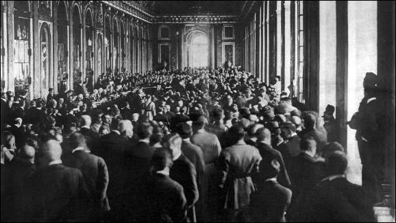 Comment s'appelle le traité signé en 1919 ?