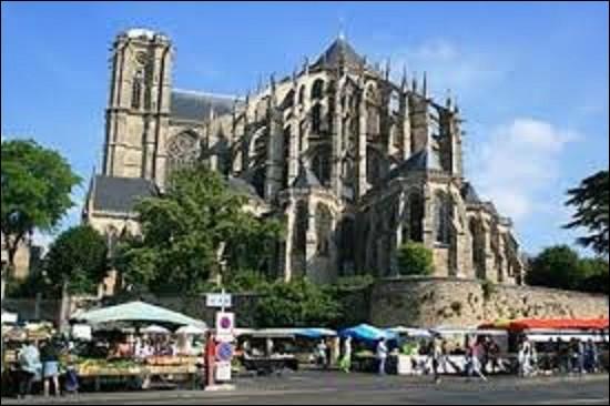 """Sous l'Empire romain, quelle ville de la région Pays de la Loire était appelée """"Vindunum"""" ?"""