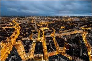 Dans quelle ville sont fabriquées la majorité des bougies françaises ?