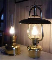 Ôte ta lampe que je guette.