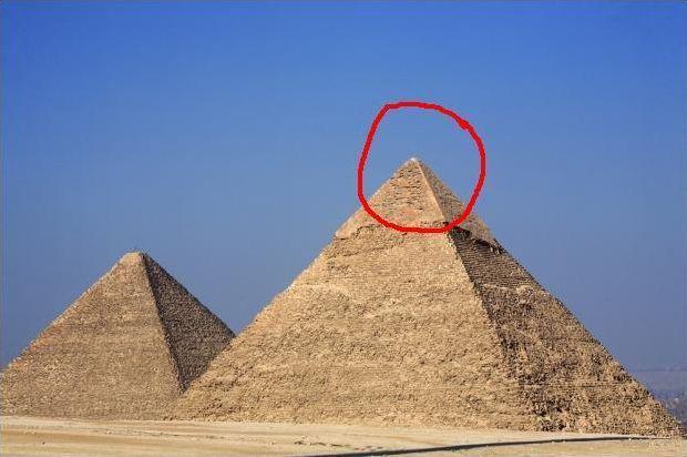 Les pyramides (géométrie)