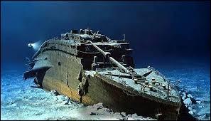 """En 2003, il a réalisé """"Les Fantômes du Titanic"""". Qui est ce réalisateur ?"""