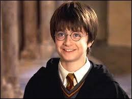 Où trouve-t-on la cicatrice d'Harry Potter ?