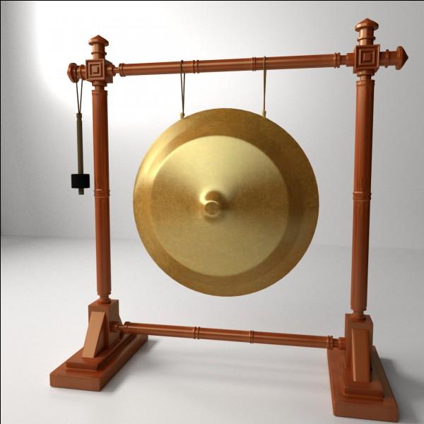 Comment s'appelle cet instrument très bruyant asiatique ?