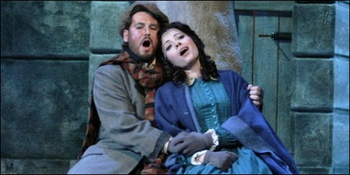 "Quel est le nom en deux syllabes de l'héroïne de ""La Bohème"" de Puccini ?"