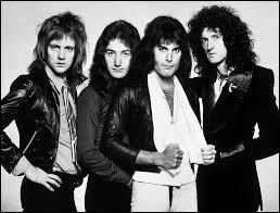 """Quel groupe a chanté """"We Are the Champions"""" sorti en 1977 ?"""