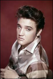 """Quel chanteur surnommé """"The King"""" est décédé en 1977 ?"""