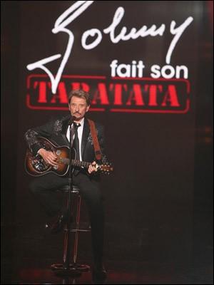 """T - Arthur présente l'émission musicale """"Taratata"""" sur France 2."""