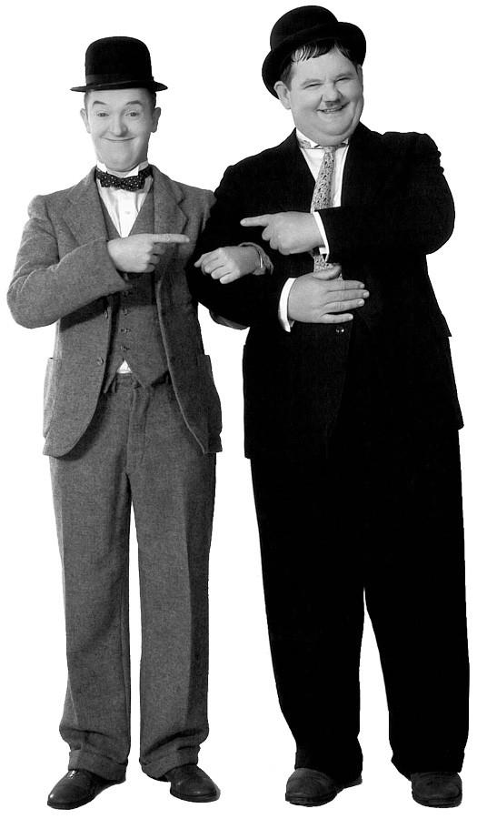 Laurel et Hardy dansent et chantent