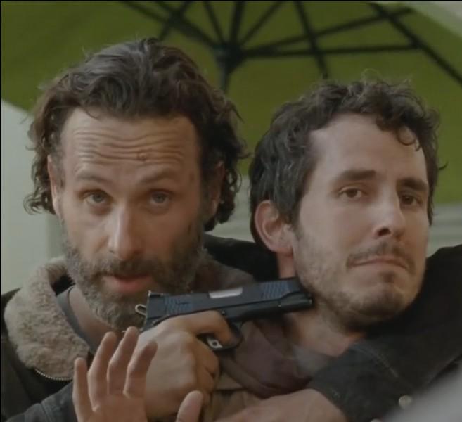 Comment Rick s'aperçoit-il que les hommes du Terminus mentent ?