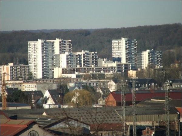 département se trouve NogentsurOise, ville de 19 000 habitant