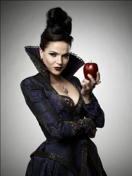 Qui est Régina/La Méchante Reine ?