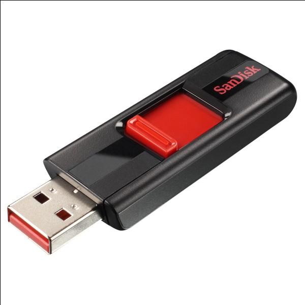 Après avoir transféré des documents avec une clé USB :
