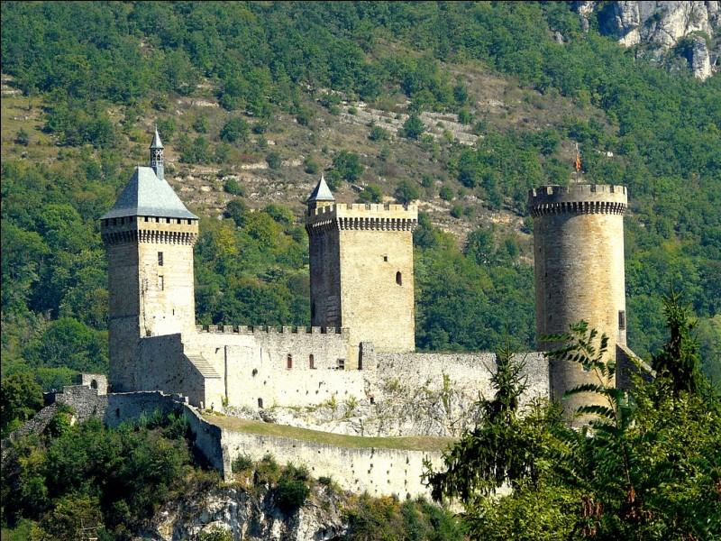 Quelle ville est la préfecture de l'Ariège ?
