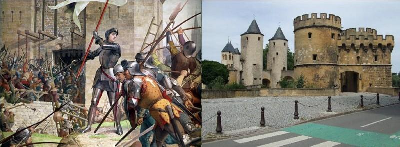 Entre 673 et 675, Childéric II réunifie le royaume, il prend pour capitale Paris. Par contre, entre 675 et 795 (environ), ses successeurs choisiront plusieurs capitales. On en compte un minimum de cinq !A vous de trouver 2 d'entre elles !