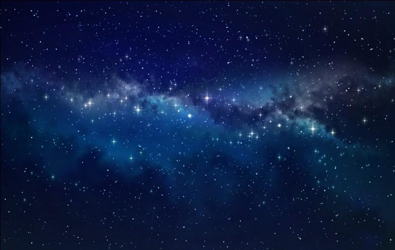 Les étoiles sont toujours dans le ciel. Mais, pendant la journée, le ciel est si brillant qu'à cause du soleil, on ne peut pas les voir.
