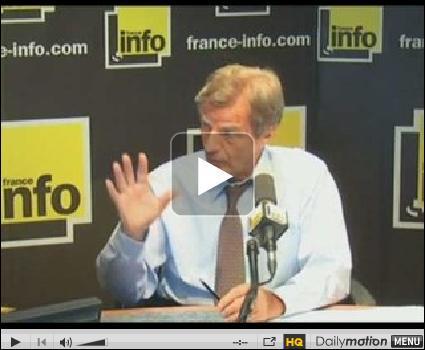 Bernard Kouchner s'est sérieusement pris la langue dans le tapis au micro de France Info cette semaine.