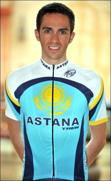 Qui est ce coureur, ancien vainqueur du Tour ?